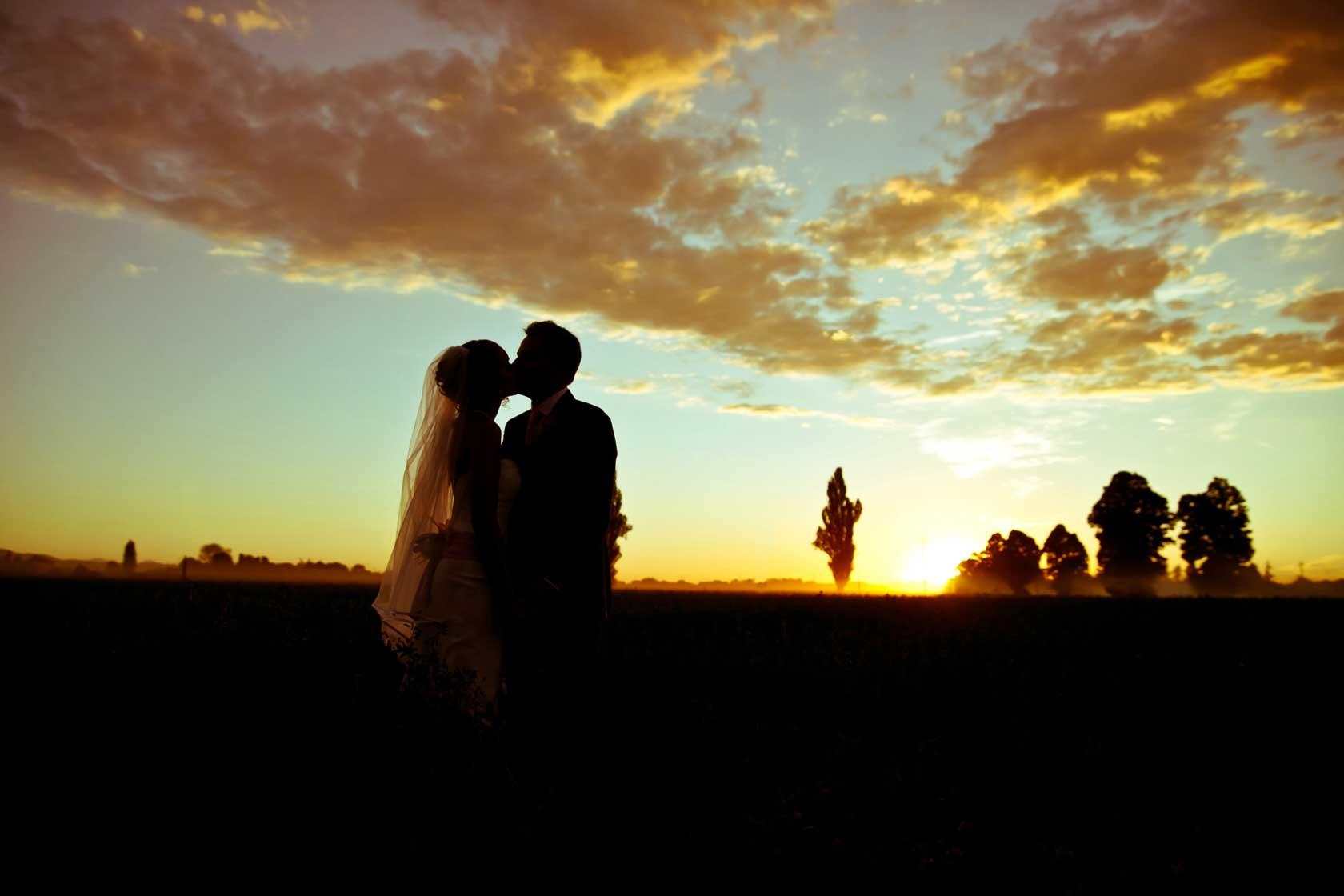 052-matrimonio-bacio